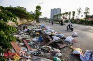 Tin trong nước - Hà Nội: Rác thải bủa vây con đường nghìn tỷ