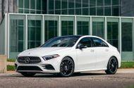 Ôtô - Xe máy - Bảng giá xe ô tô Mercedes-Benz mới nhất tháng 12/2020: Dòng xe C-Class có giá khởi điểm từ 1,399 tỷ đồng