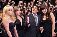 Bóng đá - Các con gái Maradona kiện ra tòa để tranh quyền thừa kế tài sản