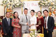 Bóng đá - Hậu vệ Phạm Xuân Mạnh và bạn gái tổ chức lễ đính hôn