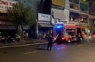 Tin trong nước - Cháy nhà dữ dội lúc nửa đêm, 7 người mắc kẹt