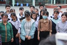 Đưa linh cữu học sinh tử nạn qua trường học, bạn bè bật khóc tiễn biệt