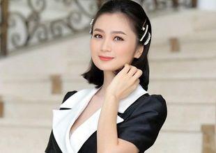 """Diệu Hương """"Hoa hồng trên ngực trái"""" khẳng định không bỏ diễn xuất, là fan cứng của bóng đá Việt Nam"""