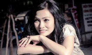 """Chuyện làng sao - Ca sĩ Phương Thanh: """"Tôi đã nghiệm đủ nỗi khổ một mình gồng gánh nuôi con"""""""