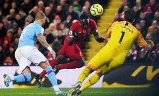 Bóng đá - Chiến thắng Man City, Liverpool hy vọng chiếm ngôi vô địch giải Ngoại hạng Anh