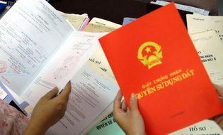 Tình huống pháp luật - Đổi sang thẻ Căn cước công dân, thông tin trong Sổ đỏ có bị ảnh hưởng?