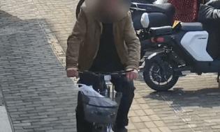 Gia đình - Tình yêu - Bị bắt vì trộm xe đạp, người đàn ông không ngờ được hội ngộ gia đình sau 30 xa cách