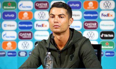 Thể thao 24h - Coca-Cola bốc hơi 4 tỷ USD chỉ sau 30 phút vì hành động của Ronaldo