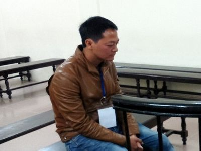 Lãnh án vì đưa họ hàng sang Trung Quốc làm ăn - ảnh 1