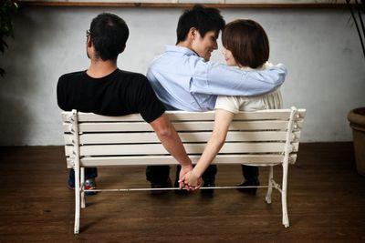 Đàn ông và đàn bà, ai ngoại tình nhiều hơn? - ảnh 1