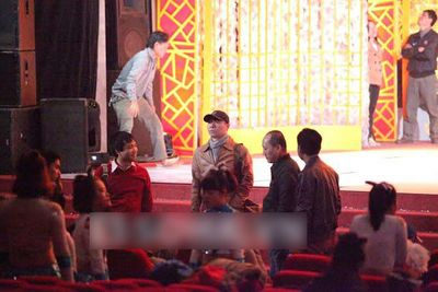 Hé lộ sân khấu Táo quân 2014 trước giờ ghi hình - ảnh 1