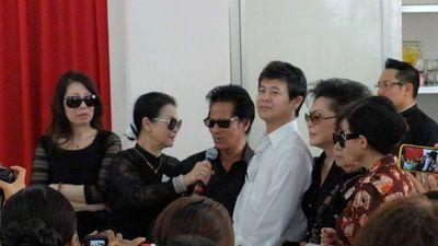 Khánh Ly khóc trong ngày lễ 100 ngày mất của chồng - ảnh 1
