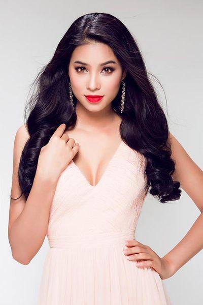 Bất ngờ với giọng hát của Hoa hậu Hoàn vũ Việt Nam Phạm Hương - ảnh 1