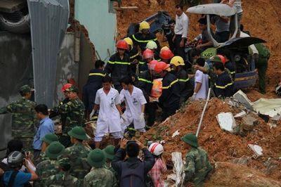 Lời kể bàng hoàng vụ sạt lở gây thương vong cho đoàn khách du lịch tại Nha Trang - ảnh 1