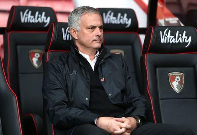 Jose Mourinho kiếm tiền ngang ngôi sao Premier League nhờ tham gia bình luận tại Asian Cup 2019 - ảnh 1
