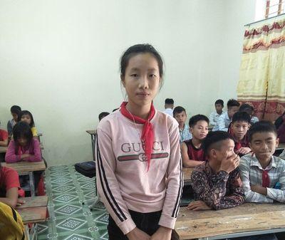 Tấm gương người tốt: Nữ sinh nghèo chủ động trả lại 17 triệu đồng nhặt được - ảnh 1