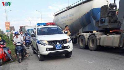 Hải Dương: Bị xe đâm trong lúc sang đường, học sinh lớp 3 tử vong tại chỗ - ảnh 1