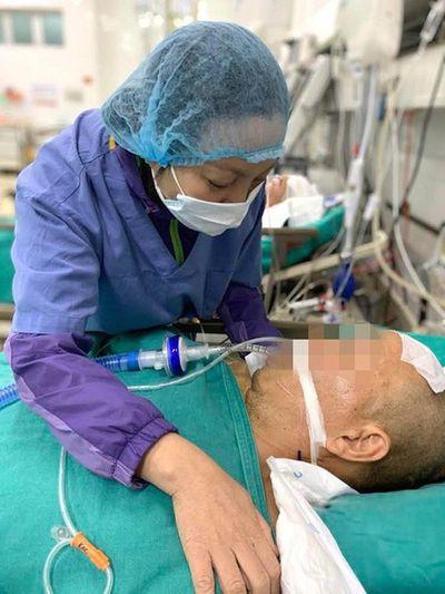 Vợ nuốt nước mắt hiến tạng chồng chết não cứu người - ảnh 1