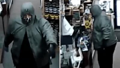 """Người đàn ông có súng trả lại tiền đã cướp vì """"chê"""" ít, không đủ ghép thận cho con - ảnh 1"""