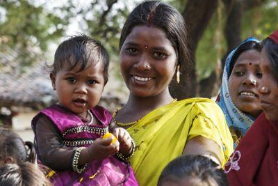 Kỳ lạ 132 ngôi làng Ấn Độ trong 3 tháng toàn sinh con trai - ảnh 1
