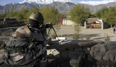 Căng thẳng gia tăng, Ấn Độ cáo buộc Pakistan nã pháo vào khu vực Kashmir - ảnh 1