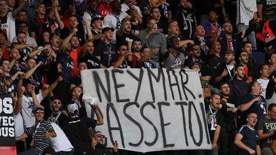 PSG đại thắng, Neymar lại bị tẩy chay vì thái độ kém - ảnh 1