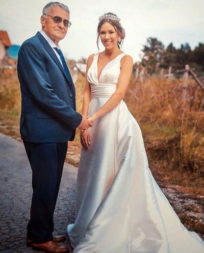 Cụ ông 74 tuổi chia sẻ nỗi đau bị vợ trẻ 21 tuổi cắm sừng đến nỗi phải ly hôn - ảnh 1