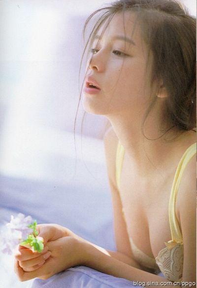 Nhan sắc Từ Nhược Tuyên thời thiếu nữ: Trong trẻo, ngây thơ, mê hoặc triệu chàng trai - ảnh 1