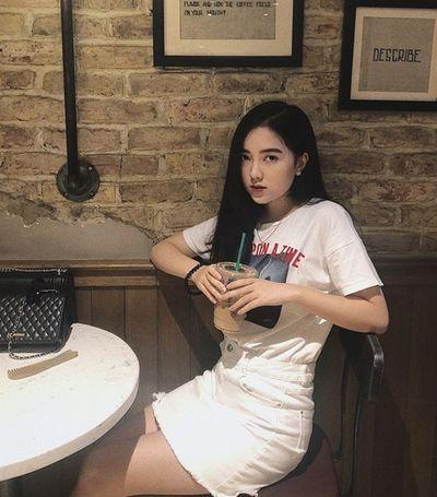 Chân dung bạn gái Hà Đức Chinh: Xinh đẹp như hotgirl, sở hữu đường cong nóng bỏng - ảnh 1