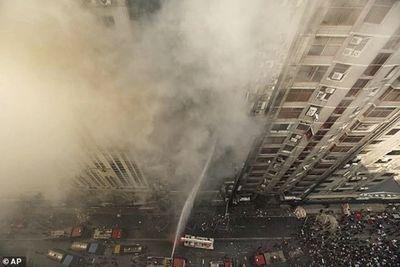 19 nạn nhân thiệt mạng, gần 100 người bị thương trong vụ hỏa hoạn ở Bangladesh - ảnh 1