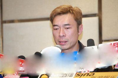 Sao nam Hong Kong tổ chức họp báo xin lỗi vợ Diva vì ngoại tình với á hậu trẻ - ảnh 1