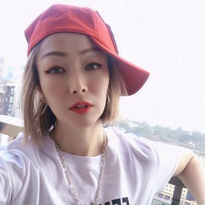 Diva Hong Kong chính thức lên tiếng sau khi chồng ngoại tình với Á hậu trẻ - ảnh 1