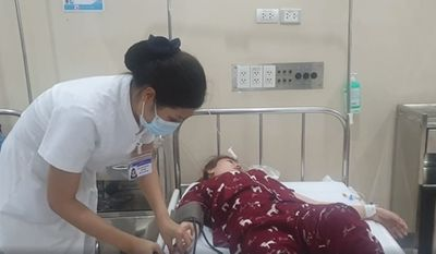 Thêm 15 người nhập viện cấp cứu vụ nghi ngộ độc thức ăn ở Thừa Thiên-Huế - ảnh 1
