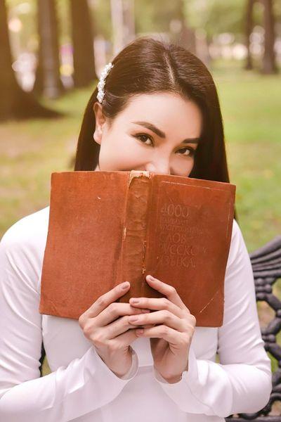 Tin tức giải trí mới nhất ngày 16/7: Vẻ đẹp thiên thần của người mẫu 14 tuổi chỉ có 1 tay - ảnh 1