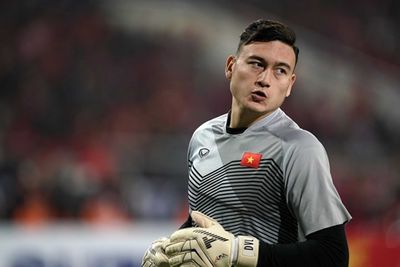Vòng loại World Cup 2022: Vẫn còn chỗ cho thủ môn Việt kiều Filip Nguyễn? - ảnh 1