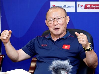 """Phản ứng của HLV Park Hang-seo khi bị khuyên rời Việt Nam """"khi vẫn còn tiếng vỗ tay"""" - ảnh 1"""