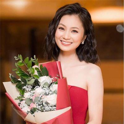 Những sao Việt tạm gác nghiệp diễn, sang nước ngoài sống cùng gia đình trong năm 2019 - ảnh 1