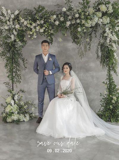 Trung vệ Đỗ Duy Mạnh công khai ngày cưới với bạn gái Quỳnh Anh - ảnh 1