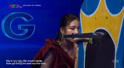 Gameshow Việt khiến khán giả phản cảm vì phát sóng cảnh quay dung tục - ảnh 1