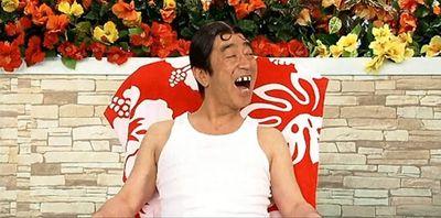"""""""Vua hài"""" Nhật Bản Ken Shimura qua đời ở tuổi 70 vì nhiễm Covid-19 - ảnh 1"""