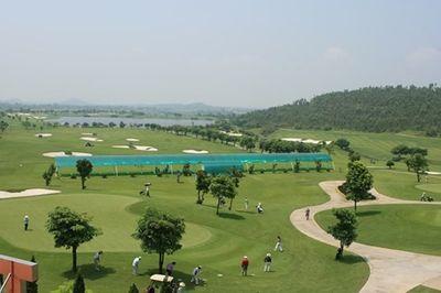 Sân golf Tam Đảo bị phạt 15 triệu đồng do vi phạm quy định phòng chống dịch - ảnh 1