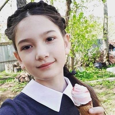 Em gái Đặng Văn Lâm khiến dân tình trầm trồ với vẻ xinh đẹp, trưởng thành - ảnh 1