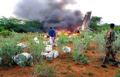 Quân đội Ethiopia bắn rơi máy bay chở hàng cứu trợ Covid-19 đến Somalia - ảnh 1