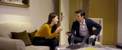 """Tình yêu và tham vọng tập 15: Linh đang vui với sếp mới thì vỡ mộng vì """"crush cũ"""" xuất hiện - ảnh 1"""
