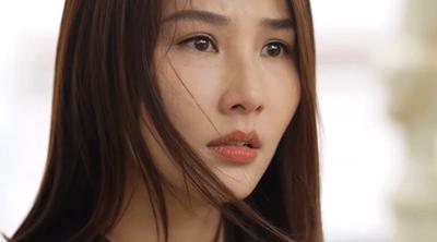 """Tình yêu và tham vọng tập 16: Linh bị lộ chuyện gián điệp, tận mắt thấy """"crush cũ"""" hôn gái lạ - ảnh 1"""