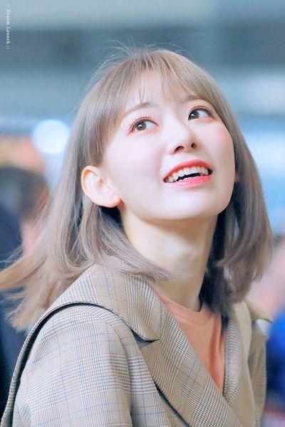 """Vẻ đẹp của tân binh Kpop người Nhật """"đánh bại"""" nhiều đàn chị trong bảng xếp hạng nhan sắc - ảnh 1"""