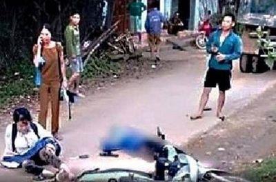 Hòa Bình: Hai nữ sinh thương vong trên đường đến trường vì va chạm với xe tải - ảnh 1