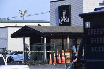 10 người thương vong sau vụ nổ súng kinh hoàng trong hộp đêm ở Mỹ - ảnh 1