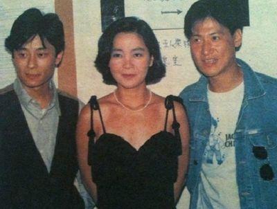 """Bí ẩn vụ ca sĩ từng sánh vai """"Tứ đại thiên vương"""" Hong Kong bị đầu độc đến mất giọng hát - ảnh 1"""