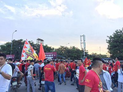 Trận Việt Nam- Malaysia (1-0): Chiến thắng ngọt ngào, Quang Hải toả sáng - ảnh 1